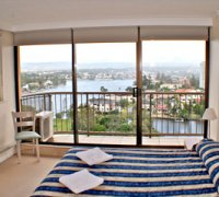 Anacapri 3 Bedroom Apartment Surfers Paradise